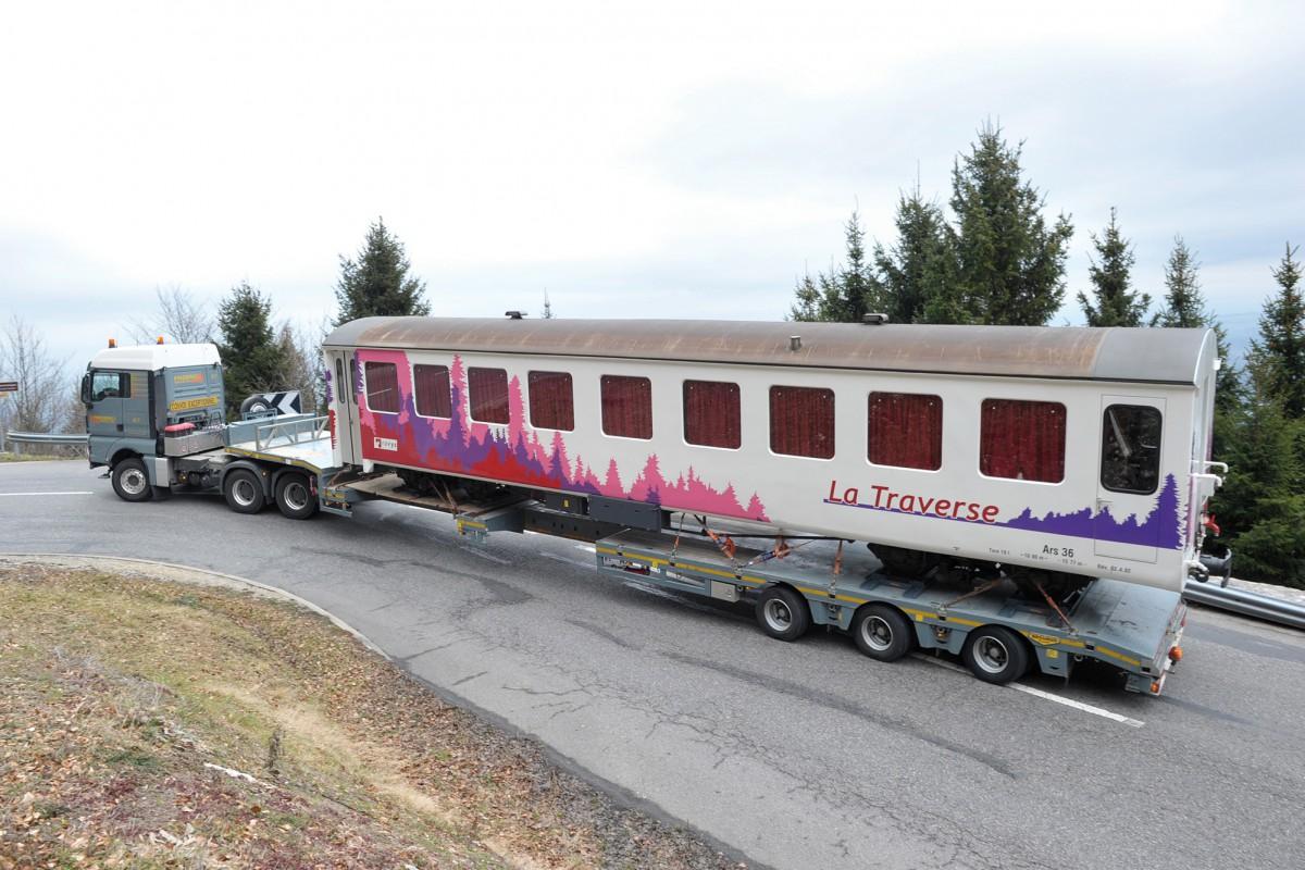 Le wagon restaurant prend la route