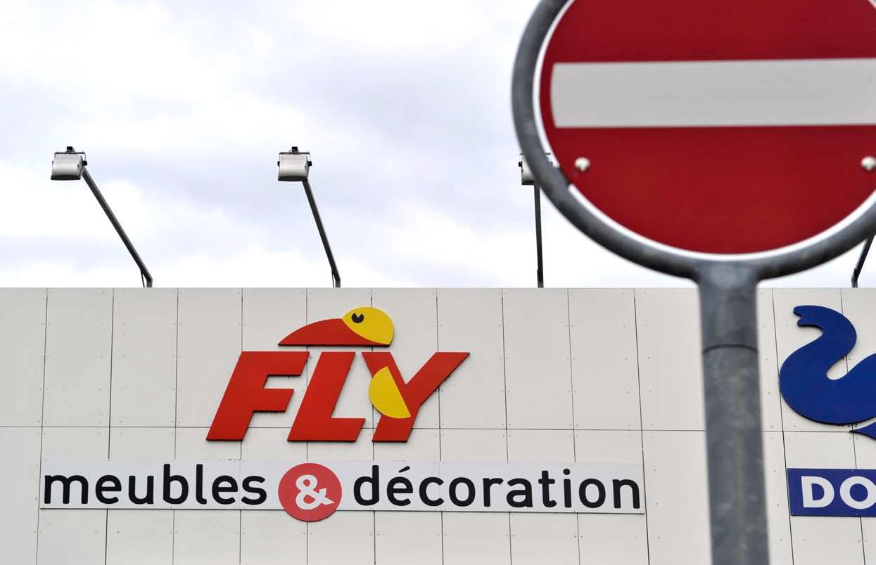 Les Meubles Fly Quittent En Chamard La Region