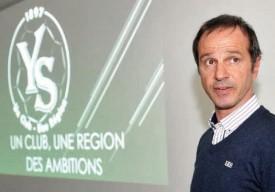 L'avenir d'Yverdon Sport, et notamment des infrastructures dont il bénéficiera, a été présenté par le président du club Mario Di Pietrantonio aux membres du Club des Milles qui ont fait le déplacement à Y-Parc, mardi. © Michel Duperrex
