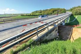 L'étanchéité du Pont du Landremet doit être améliorée. © Carole Alkabes
