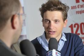 Théry Schir au micro de La Région TV. Un entretien à voir sur la chaîne MaxTV ou sur le site www.laregion.ch. © Michel Duperrex