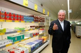 René Rohner, porte-parole romand d'Aldi Suisse, dans la filiale flambant neuve du discounter à Orbe.