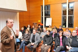 Bernard Michoud lors de l'accueil des nouveaux citoyens en février.
