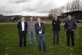 Les organisateurs du Comptoir avec, de gauche à droite: Eric Morleo, Jacques Corbaz, Giuseppe Alfonzo, Pierre Gasser et Pierre Dumartheray.