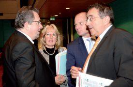 Jacques Nicolet (à g.) a reçu le soutien formel des trois conseillers d'Etat PLR réélus, Jacqueline De Quattro, Philippe Leuba et Pascal Broulis. ©Michel Duperrex