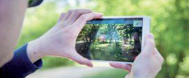 La réalité augmentée permet d'obtenir des informations supplémentaires sur la nature qui nous entoure (images et fiches techniques). ©HEIG-VD