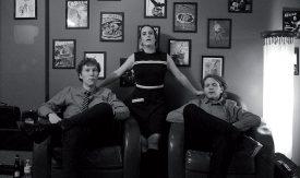 Pour son nouvel EP, Mireille Délèze, alias Mize, s'est entourée de musiciens de la région, Simon Pellaux (à g.), de Pomy, et Antoine Scheuner (à dr.), de Sullens. ©Fabien Boissieux