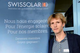 Leo-Philipp Heiniger défend les intérêts de l'énergie solaire en Suisse romande. Selon lui, il va falloir trouver d'autres modèles de financement. ©Michel Duperrex