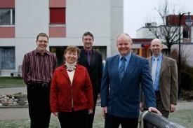 Marcel Pellet (en bleu), entouré du nouveau comité de direction, composé de Frédéric Schütz, Claudine Robert, Philippe Ambühl et Michel Bräuchi.