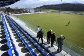 Le Stade, construit durant l'hiver 2006-2007, est au coeur du problème.