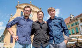 Les trois principaux organisateurs des Jeux du Castrum, avec (de g. À dr.): Luca Bianchetti, Damien Frei et Sylvain Maradan. ©Simon Gabioud
