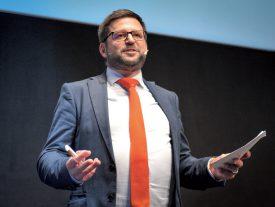 Le président du FOROM, Cédric Borboën, avait à coeur de pouvoir présenter un thème qui était capable de tisser un lien entre la finance et la réalité quotidienne des PME romandes. ©Carole Alkabes