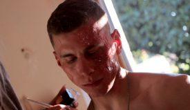 Pour entrer dans son rôle de grand méchant, Jonathan Erath a dû passer de nombreuses heures à se faire maquiller. ©DR