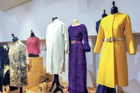 En moyenne, le musée suisse de la mode reçoit un don d'habit par jour. ©Carole Alkabes