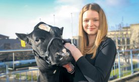 Lauriane Henchoz, 12 ans, a obtenu la première place dans sa catégorie. ©Carole Alkabes