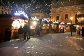 La foule ne s'est pas précipitée au Marché de Noël. ©Michel Duperrex