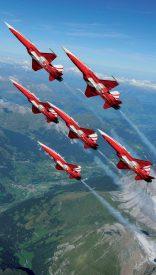 Plus le ciel est clair, plus les F-5 Tiger effectuent des figures à la verticale. ©DDPS/Luftwaffe