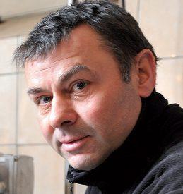 Dominique Rochat, ex-joueur d'YS, employé du moulin d'Yverdon l'hiver, tenancier du Chalet du Suchet