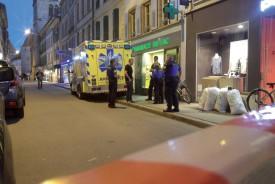 L'agresseur a été lui aussi évacué par une ambulance. ©Charles Baron