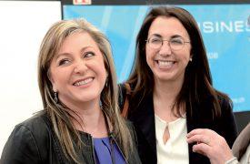 Les deux socialistes Nuria Gorrite (à g.), conseillère d'Etat, et Cesla Amarelle, conseillère nationale yverdonnoise, se sont retrouvées, vendredi, à l'inauguration. ©Michel Duperrex