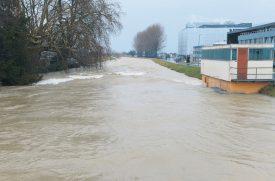 Le site de Nestlé, à Orbe, les pieds dans l'eau... ©Michel Duperrex, Michel Duvoisin et I. Ro