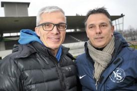 Philippe Perret, avec qui Yverdon Sport avait disputé sa fameuse finale de la Coupe de Suisse contre Servette, en juin 2001, et Philippe Demarque, le manager du club yverdonnois. © Michel Duperrex