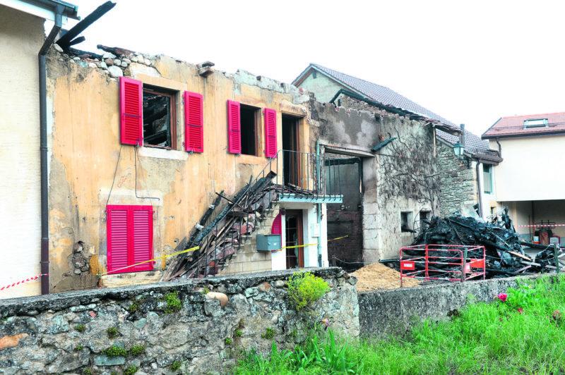 Aucun blessé n'est à déplorer, mais plusieurs foyers ont été détruits. © Michel Duperrex