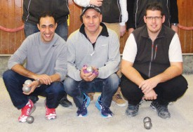 L'équipe d'Askaray (Meyrin), avec Atik Chaouki, Ali Cok et Sébastien Balaye, vainqueur du tournoi. © Roger Juillerat