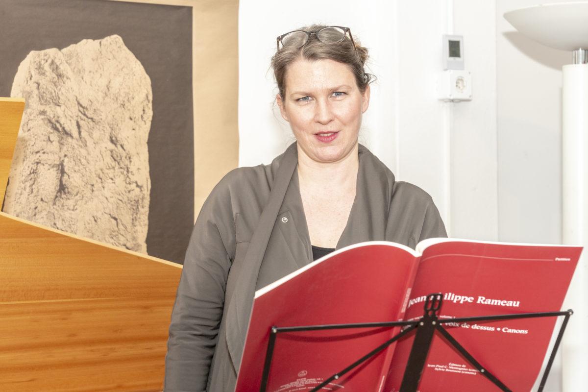 Elodie Favre, la voix chevillée au corps