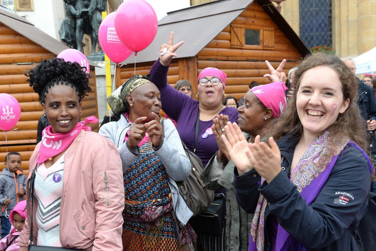 Les femmes s'emparent de la rue pour clamer leur ras-le-bol