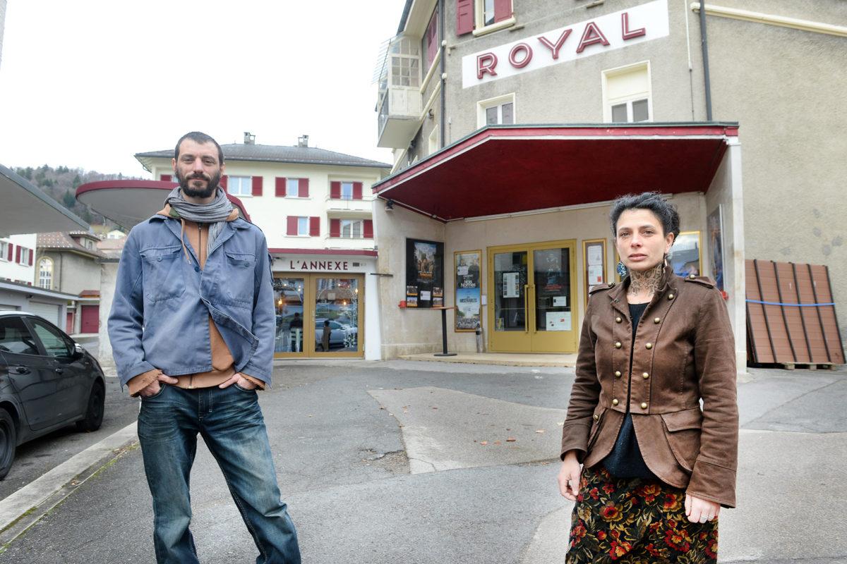 Un collectif investit le Cinéma Royal