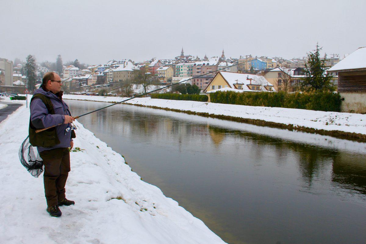 Les pêcheurs contraints d'affronter la neige