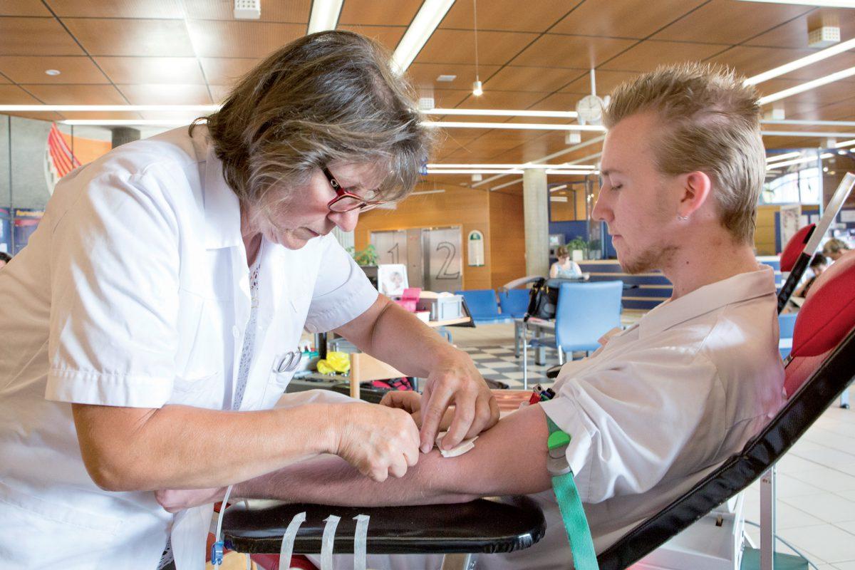 Ces personnes qui donnent leur sang pour sauver des vies