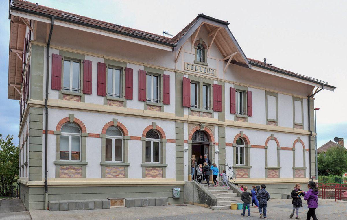 Le village se bat pour garder son école