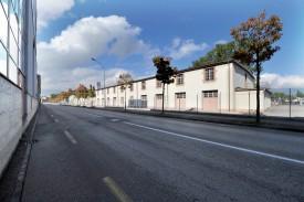 Le futur Collège des Rives occupera la plus grande partie du site de l'ancien Arsenal, y compris la pointe formée par la jonction des rues de l'Hippodrome et de l'Arsenal. ©Michel Duperrex