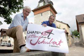 Frédéric Glauser (à g.), président du comité d'organisation, et Jaques-Yves Deriaz, caissier, sont à pied d'oeuvre, afin d'organiser la manifestation. ©Michel Duperrex