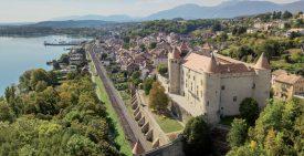 Vue aérienne du Château de Grandson. ©Charles Baron