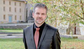 Arrivé à Romainmôtier au 1er août de cette année, le pasteur Nicolas Charrière a été installé le 1er octobre dernier. ©Pierre Blanchard