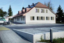 La permanence médicale sera incluse dans ce bâtiment de Cossonay, qui abrite un centre de santé depuis le 1er novembre. ©Michel Duperrex