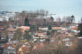 Le corps de la jeune femme a été retrouvé à proximité du lac de Neuchâtel. ©Michel Duperrex