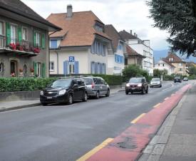 Les infrastructures de la rue ont besoin d'être rénovées. ©Michel Duperrex