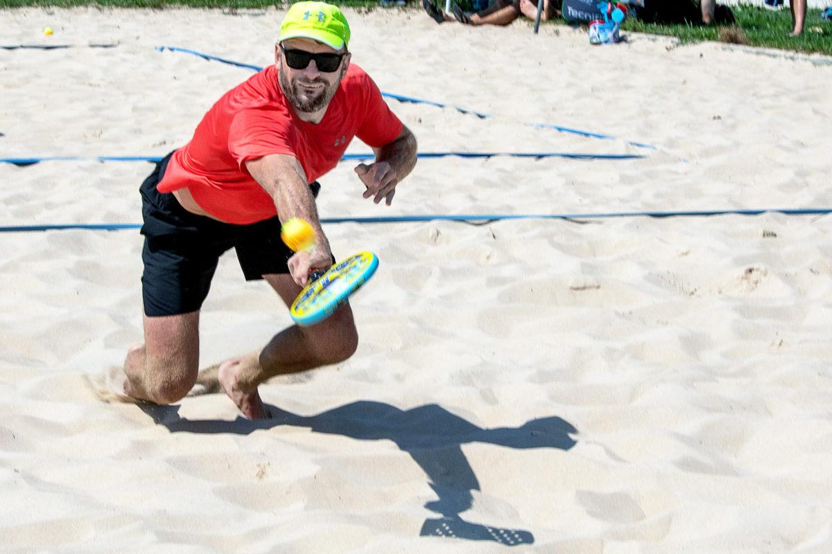 Le sable, son terrain de jeu préféré