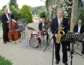 Les musiciens du groupe Y-Jazz: (de g. À d.) Gilbert Gubler, Jean-Philippe Larpin, Raymond Girardier et Marc Ueter.