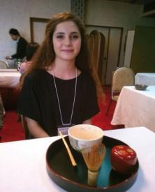 Debora Martinez lors d'une cérémonie du thé. DR