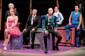 La Compagnie des ArTpenteurs a interprété «Roméo et Juliette» sur la scène du chapiteau. ©Gabriel Lado