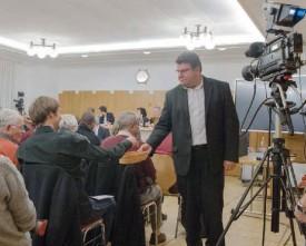 Les votes de la soirée ont tous eu lieu à bulletin secret, sous l'oeil des caméras de Val TV. ©Pierre Blanchard