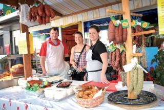 La famille Junod présentait ses produits de boucherie. ©Carole Alkabes