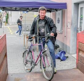Jean-Marc Ducotterd a été le premier à donner son vélo. ©Pierre Blanchard