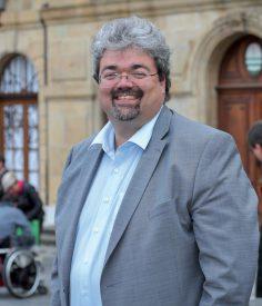 Le municipal socialiste Pierre Dessemontet s'est montré particulièrement satisfait de son élection, après plusieurs tentatives infructueuses. ©Carole Alkabes