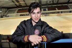 Matteo Valenza a commencé le hockey en suivant ses cousins un peu plus âgés à la patinoire, Alexis et Luca Valenza, qui évoluent respectivement aux Etats-Unis et avec les juniors d'Ambri. ©Michel Duperrex